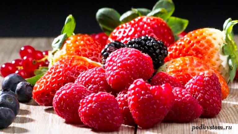 Дачный-сезон-фрукты